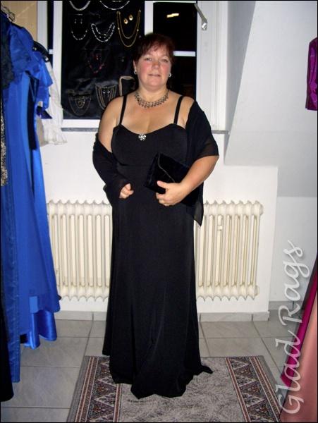 Schwarzes langes kleid 48